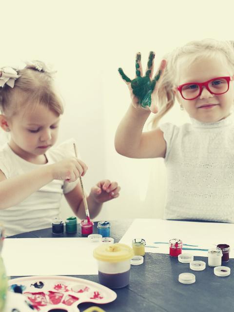 Activités d'éveil et de loisirs adaptées aux enfants